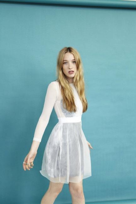 Sophie Lowe 110604 | Fashion Magazine | News. Fashion. Beauty. Music. | oystermag.com
