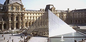 The Louvre (Official)