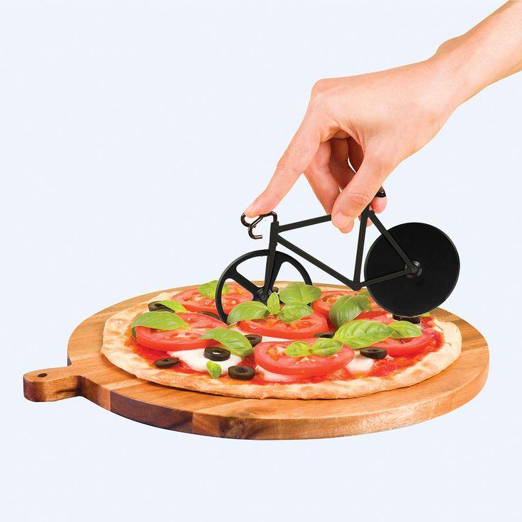 DOIY Pizzaschneider Fixi pure black online kaufen ➜ Bestellen Sie Pizzaschneider Fixi pure black für nur 19,95€ im design3000.de Online Shop - versandkostenfreie Lieferung ab 50€!
