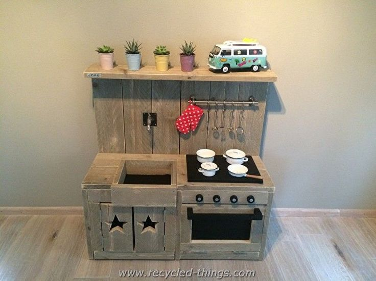 Pallet Kids Play Kitchen                                                                                                                                                                                 More