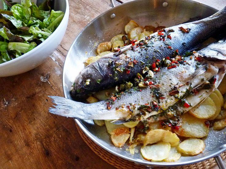 Új cikk: Sült krumplin sült tengeri sügér, http://kertinfo.hu/sult-krumplin-sult-tengeri-suger/, ezekben a témakörökben:  #Fűszerkert #Hal #krumpli #Mag #Sült #Zöldfűszer, írta: Rakottkert Blog