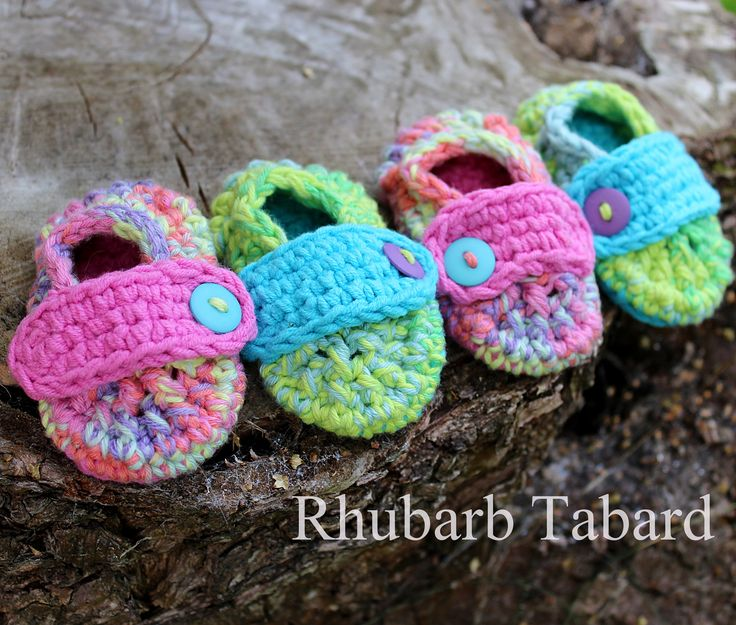 Pink baby booties, newborn baby booties,  green baby booties, cotton newborn booties, baby booties, pretty booties, cotton (scheduled via http://www.tailwindapp.com?utm_source=pinterest&utm_medium=twpin)