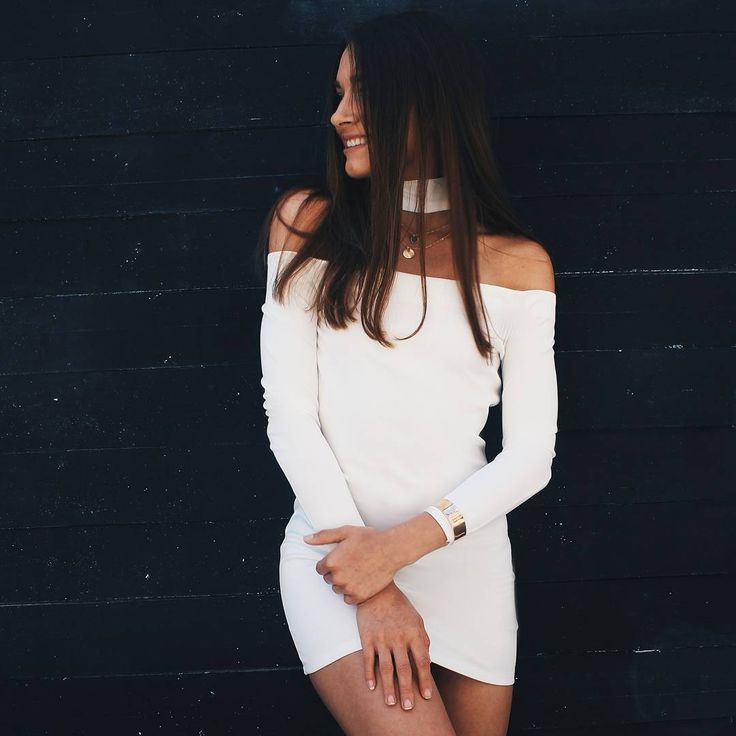 Off shoulder long sleeve dress #nunugirl