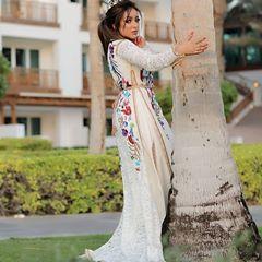 From a very nice view with the gorgeous😍😍 @jamila_elbadaoui Makeup and hair style by @khadija_joudar Photography by @haisam_lahham #caftanmarocain #bahrain #kuwait #ksa #qatar #style #hautrcouturedress #fashion #zayfashion #paris #ghizlane_elfeddi #القفطان_المغربي #كراكو_مغربي#كراكو_وجدي #القفطان_المغربي_اصلي_عالمي_جميل #القفطان_المغربي_العالمي #القفطان_المغربي_عالمي #القفطان_المغربي_اصلي_عالمي_جميل #القفطان_المغربي_اصلي_عالمي_جميل👑👑👑 #القفطان_مغربي #المغرب #مغربية_وراسي_عالي💚👑❤💪✌…