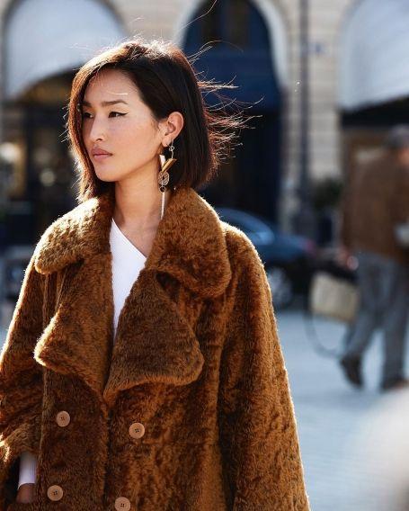 f4a5adcf925 Как модные девушки одеваются зимой  75 стильных зимних образов из Instagram  (фото) — 2018
