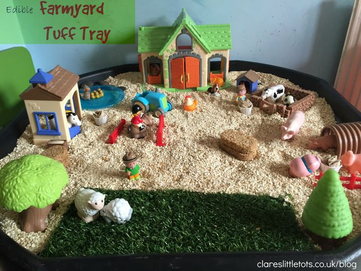 Edible Farmyard tuff tray. Small world farm set up in the tuff tray for sensory and imaginative play and hours of fun.