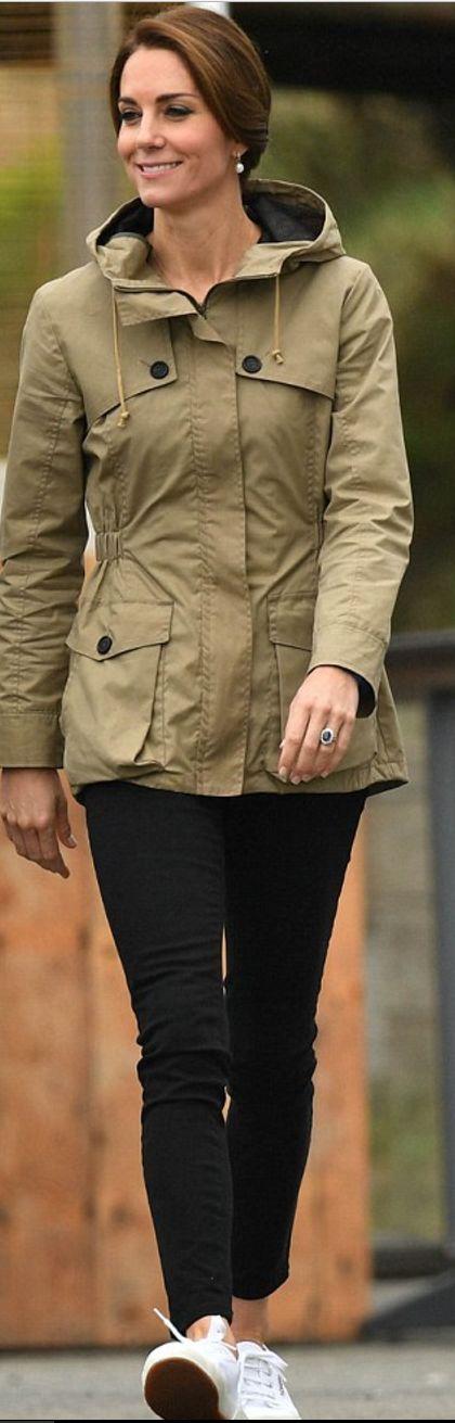 Kate Middleton: Earrings – Kiki McDonough  Jeans – Zara  Jacket – Troy London  Shoes – Superga