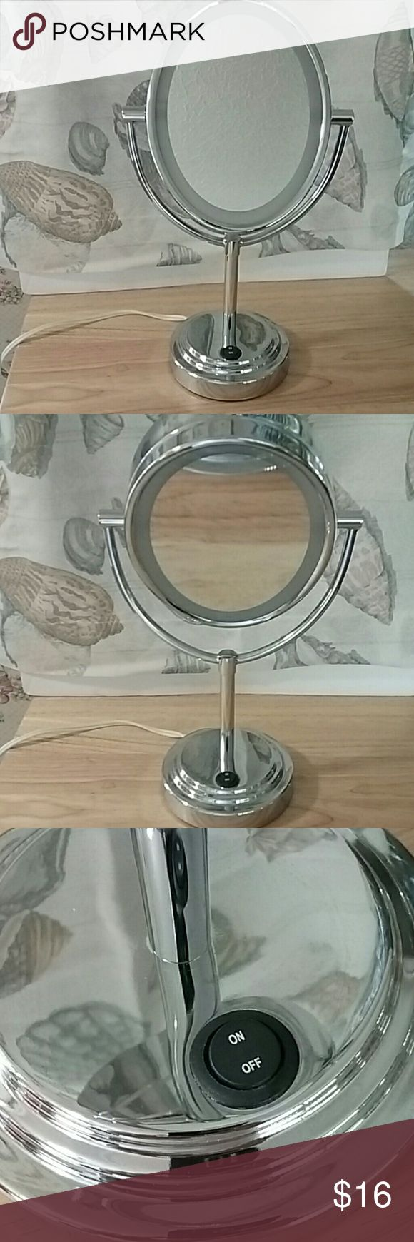 """Lighted Makeup Mirror by CONAIR 7""""X 91/4"""" INCH Oval Mirror. With stand. Lights up. (Photo 7 shows mirror lighted up.)  20 Watt~ UK listed. Conair Makeup"""