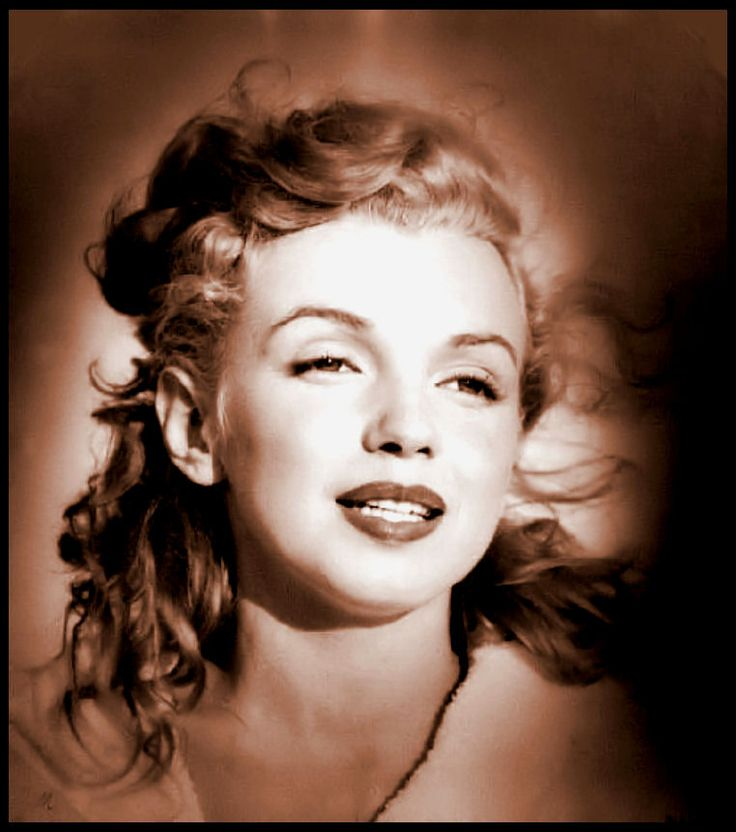 Old Hollywood Movie Stars 1940S | Lux - Netherland - Marilyn in black lace