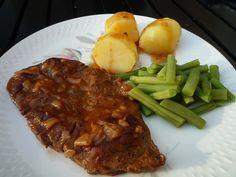 Sukadelap van oma_sucade_grootmoeder_sudderen_draadjesvlees_sperziebonen_gekookte aardappels met jus_ouderwets draadjesvlees