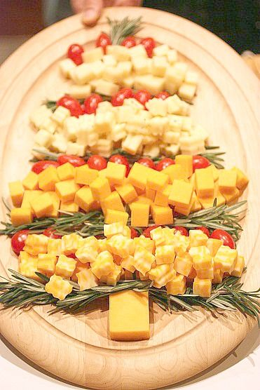 Xmas Tree Cheese Platter - Cute & Easy for holiday parties, decorating