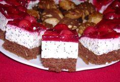 Ínycsiklandó túrós mákos szelet, meggy bevonattal – mutatós sütike, amivel nem lehet betelni!