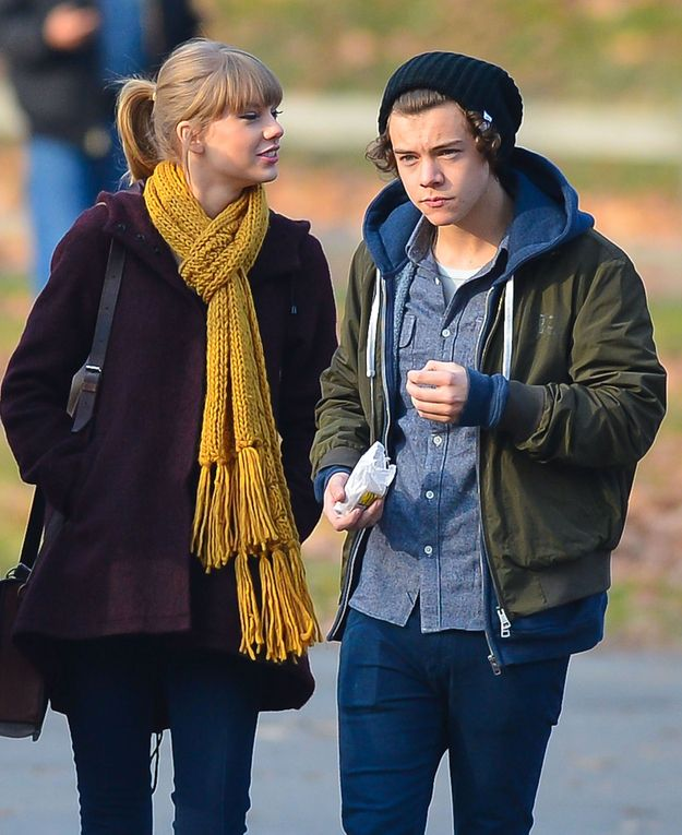 """First Photos Of Taylor Swift And Harry Styles Out. OK, seriously love how she's looking at him like """"I am going to love you forevers!"""" and he's just like """"Damn, these mini donuts are good."""""""