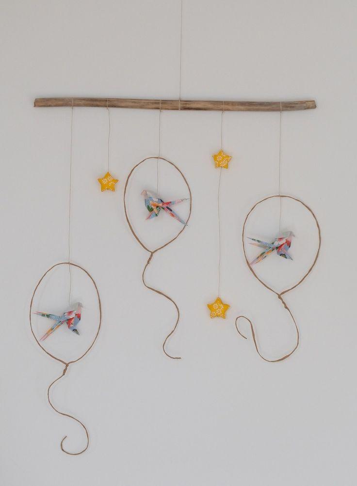 Mobile origami ballons-mésanges et étoile : Décoration pour enfants par un-atelier-sous-la-maison