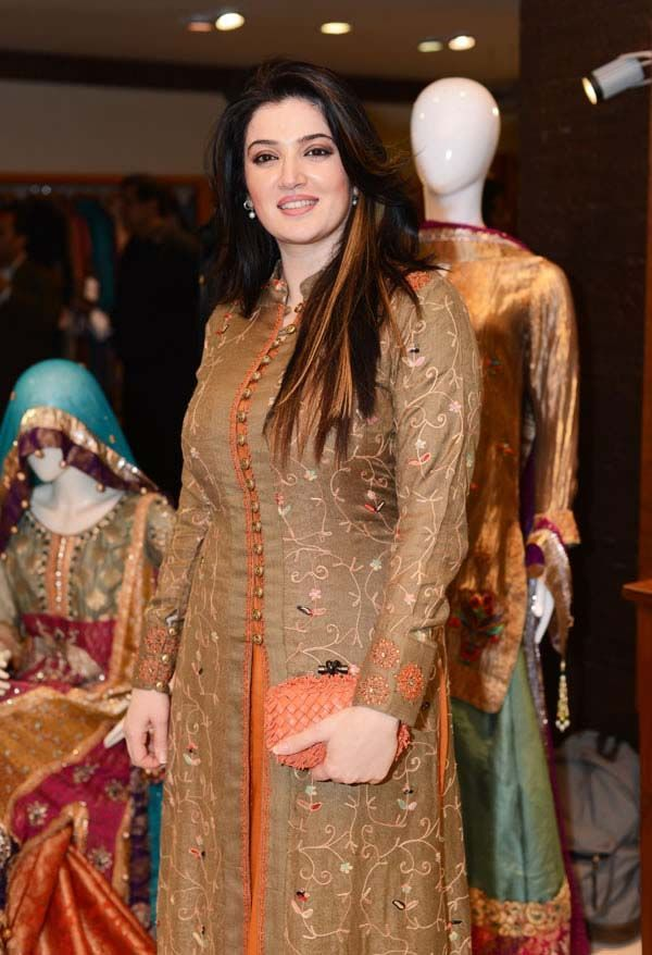 www.fashioncentral.pk images events 1089 Saba_Waseem.jpg