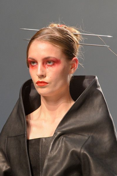 Gareth Pugh 2013, Alex Box. Note the single tear down the model's left eye