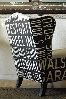 typography chairSubway Art, Wings Chairs, Signs Design, Design Interiors, Hotels Interiors, Interiors Design, Home Design, Furniture, Wingback Chairs