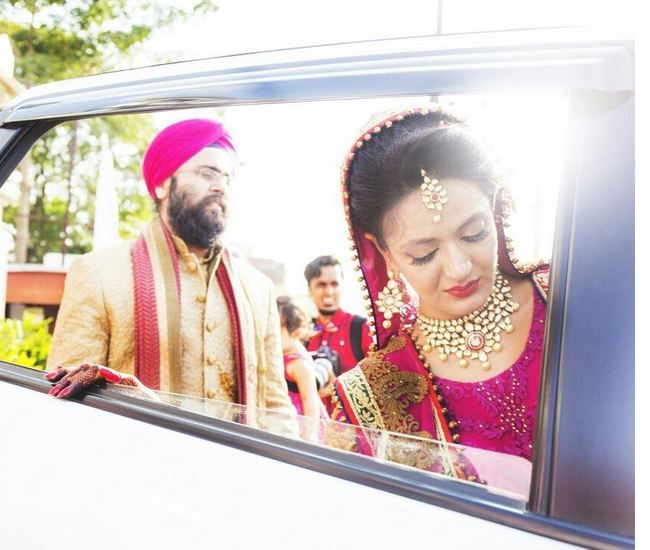 Pictures are like memories. Wedding is incomplete without candid pictures. Why always pose wala pictures for a wedding?   Candid pictures capture the true expressions, feelings and emotions.   Looking for candid photographers?