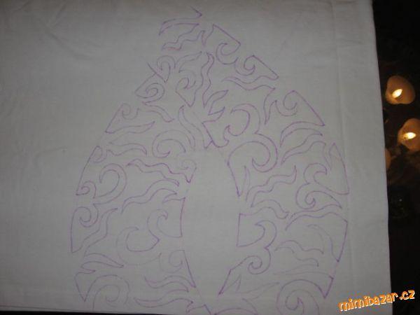 Malování na textil voskovkami