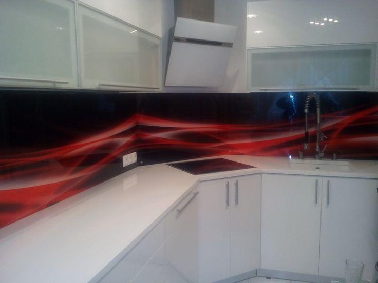 Glass splashback, sklenená kuchynská zástena #glass #splashback #kuchynskazastena #zastenadokuchyne #kuchynskezasteny #zastenyzoskla