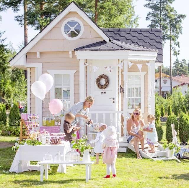 Villa Omena on ihana leikkimökki. | Unelmien Talo&Koti Kuva: Krista Keltanen Toimittaja: Jonna Kivilahti