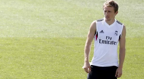 cool Real Madrid's Sami Khedira ,Toni Kroos and Luka Modric attend a training session at Valdebebas training grounds