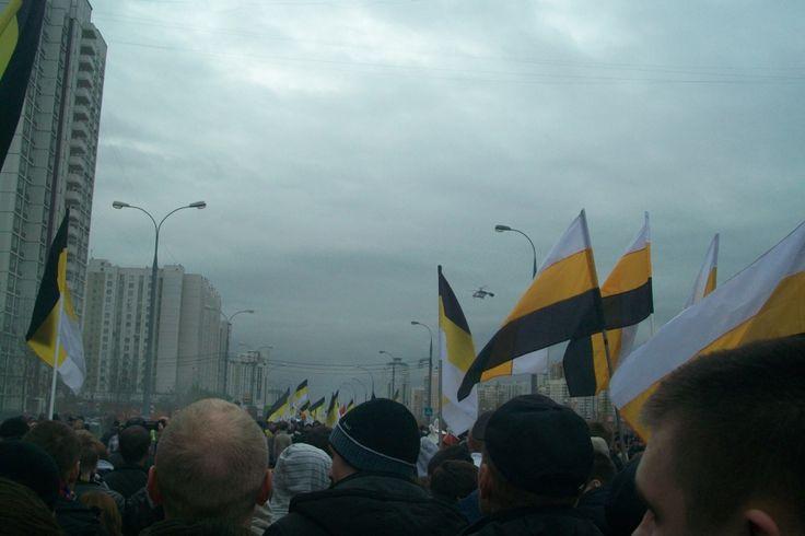 WHITE Technologies 2033: Мои фото с Русского марша
