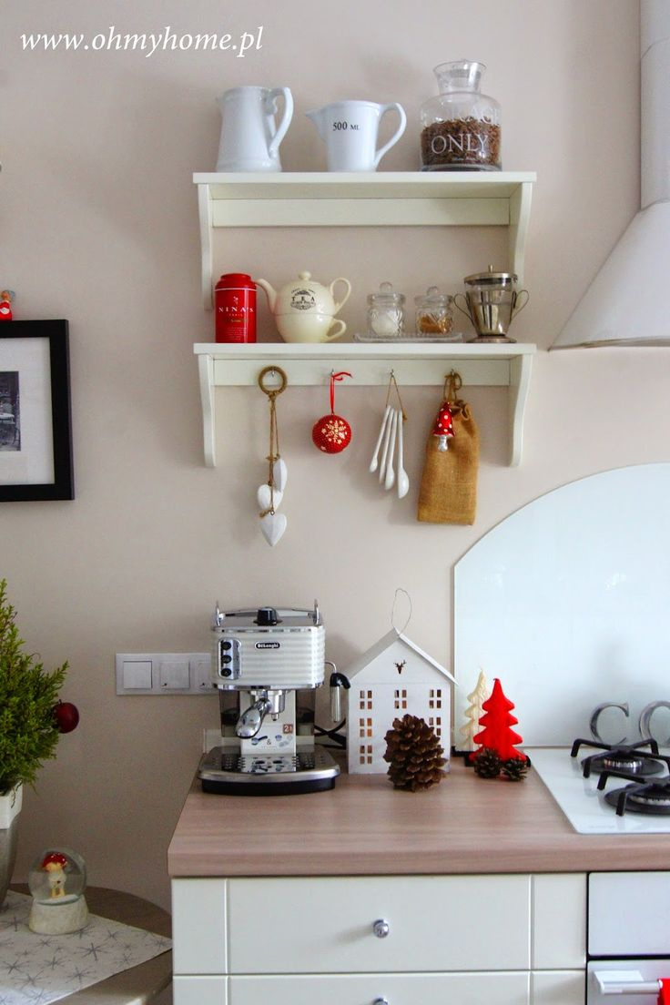 Christmas decorations kitchen