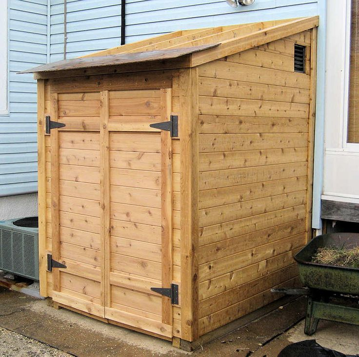WELL HOUSE!: Backyard Storage, Nice Storage, Diy Tools, Small Backyards, Storage Sheds, Sheds Doors, Tool Sheds, Well Houses, Crates