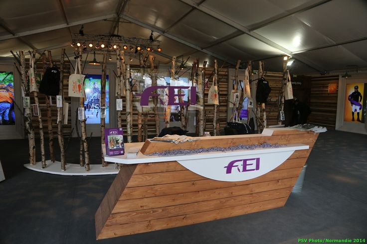 FEI's stand - Copyright : PSV Photo