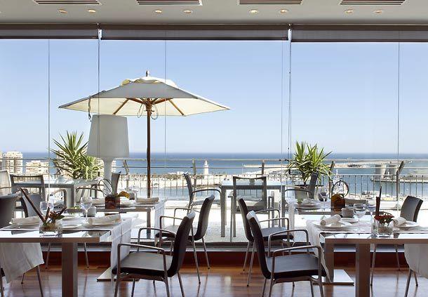 Vistas espectaculares desde el restaurante de la planta 15 de AC Hotel Málaga Palacio by Marriott