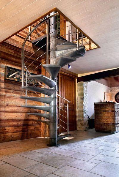 Escalier design en Ductal® béton fibré haute performance pr Escaliers Décors® www.ed-ei.fr - Fabrication française : un atout architectural pour la maison - CôtéMaison.fr