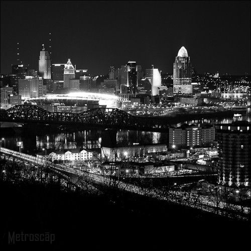 Black and White Photos of The New Cincinnati Skyline from Devou Park - Metroscap.com