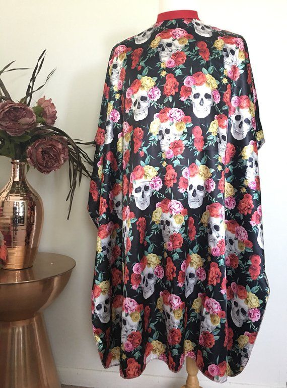 Halloween Skulls & Roses FlowerCrown Hair Cutting Cape