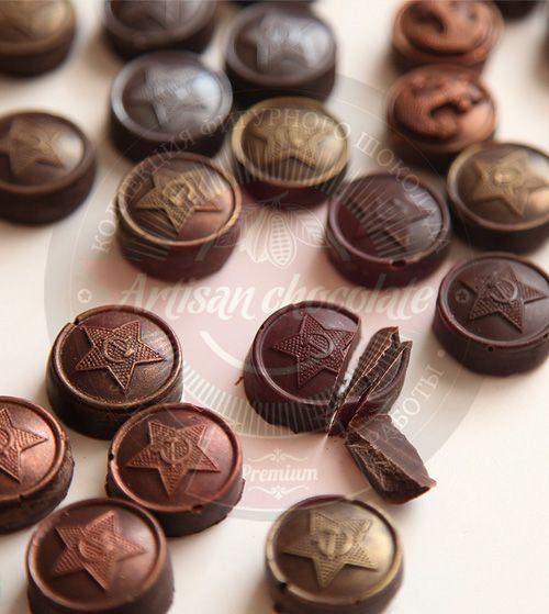 Подарочный набор на 23 февраля Подарки для мужчин. Шоколад с алкоголем на День Защитника Отечества