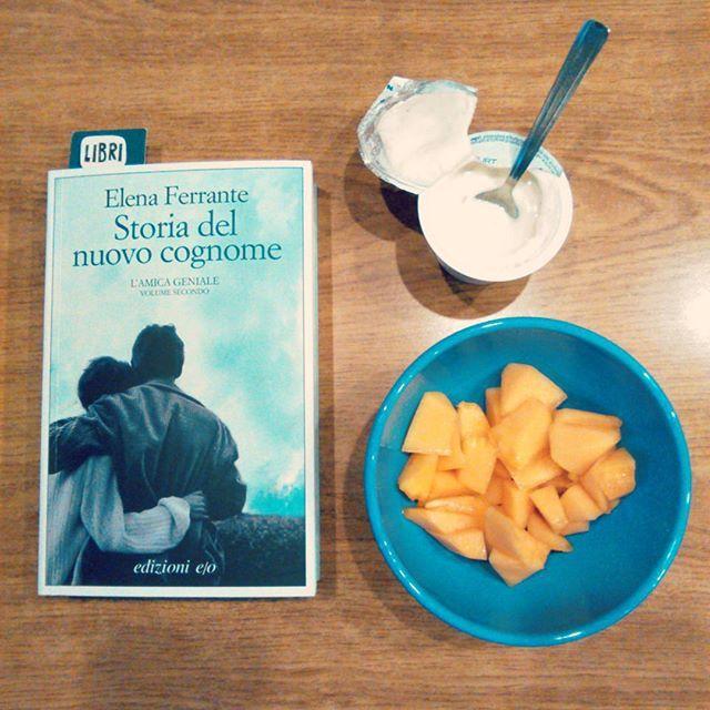 SnapWidget   La bellezza di alzarsi presto #colazione #books #elenaferrante #storiadelnuovocognome