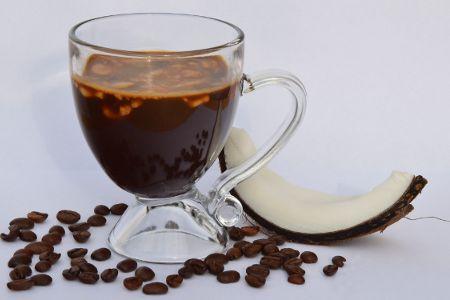 A kávé az egyik kedvenc italunk, amelyet szeretünk kellemes zamata és kedvező élettani hatása miatt. Az ideális ízélmény és a jótékony hatás elérése érdekében azonban fontos a kiváló minőségű alapanyag. A legfinomabb kókuszkrémes kávé elkészítés módját  nézd meg a honlapon.
