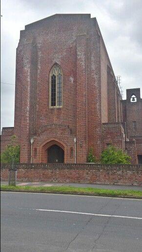 Walking around the church around Eastbourne ( Victoria Drive )