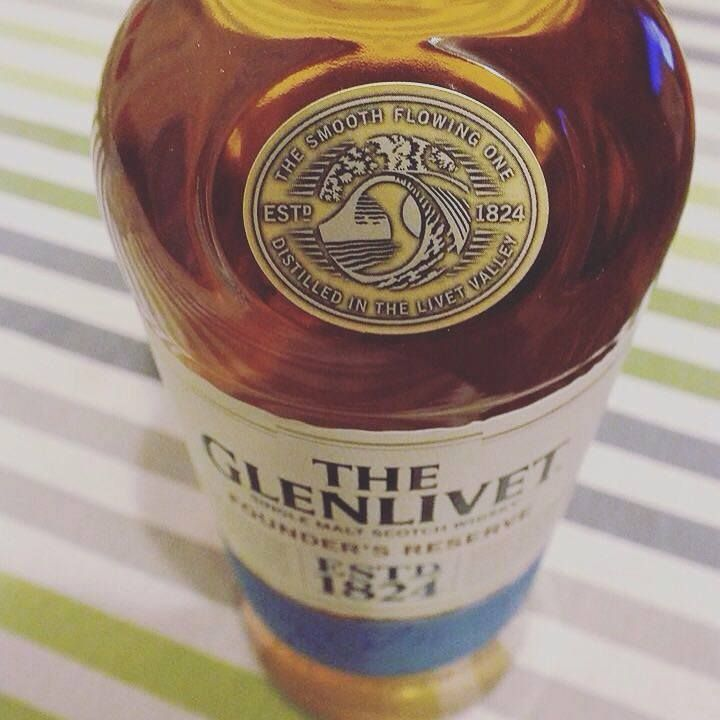 Na zdrowie :) #TheGlenlivet #FoundersReserve #whisky https://www.facebook.com/photo.php?fbid=1051188901567987&set=o.145945315936&type=3&theater
