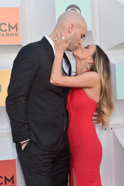 cool Mike Caussin FINALLY Apologizes For Cheating On Jana Kramer