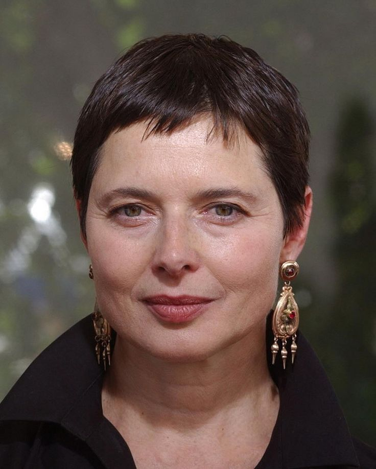 isabella rossellini - Pesquisa Google- love the pixie bangs and entire cut