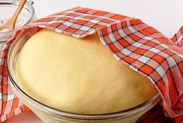 1. Tegyünk a tésztába mindig egy kis burgonyakeményítőt, így a tésztából készült palacsinta, vagy lepény még másnap is puha le...