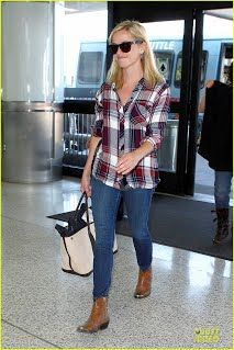 Flannel shirts are a favorite of celebrities and 3 such divas-Reese Witherspoon, Beyonce, Olivia Wilde have taught us much about these fashion pieces. The prominent flannel clothing manufacturer have assembled the best #flannel #shirts #wholesale that can be purchased in bulk by the interested retailers.