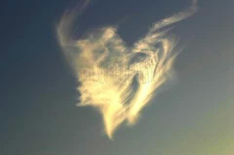 ♡♥♡Herz am abendlichen Himmel♡♥♡