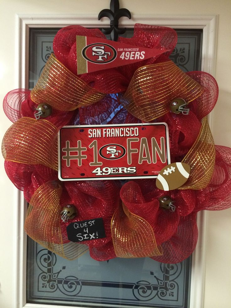49ers football wreath. #sanfrancisco #niners #49ers #wreath