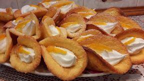 Легкий рецепт красивого печенья: «каллы» с кремом