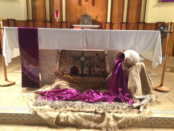 Pin By Linda On Lent And Easter Church Altar Decorations