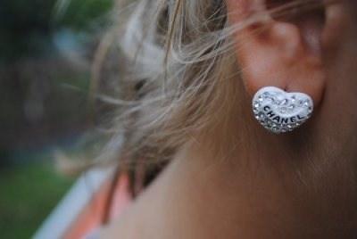Chanel earrings <3