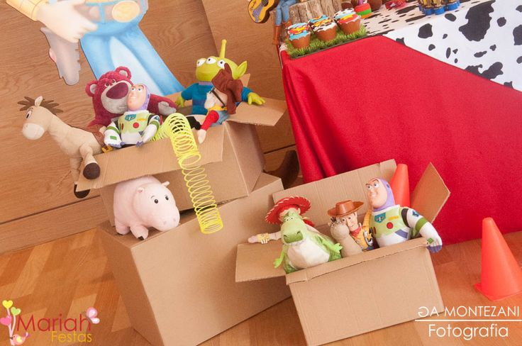 Festa toy story   Woody e Buzz   Festa de menino   Festa infantil   Decoração by Mariah festas #woody #buzz #toystory