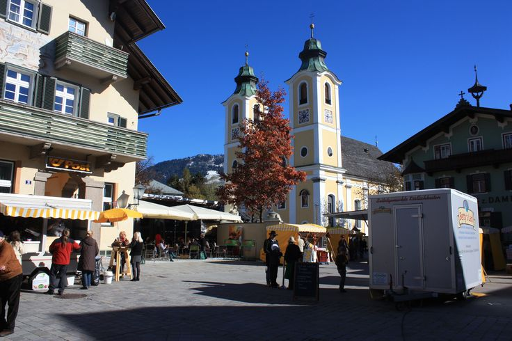 """St. Johann in Tirol in Tirol """"Dorfplatz"""""""
